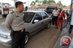 Banjarmasin Police to Supervise Gas Station