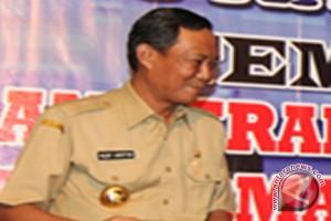 Gubernur : Pengerjaan Proyek Jangan Dipolitisasi