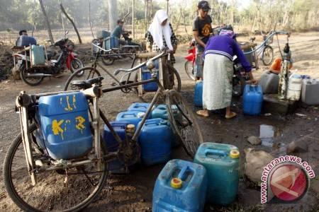 Kelangkaan Air Bersih Sebuah Ancaman Warga Kalsel