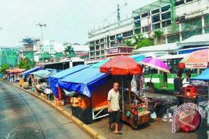 Penertiban PKL Pasar Tiga Barabai Kalsel Alot