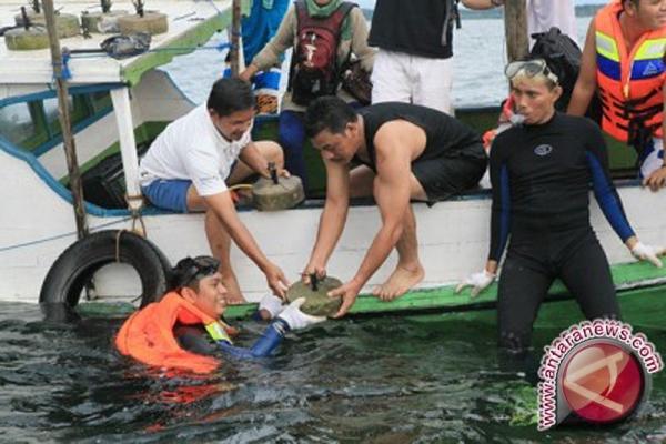 Pantai Angsana  Objek Wisata Andalan