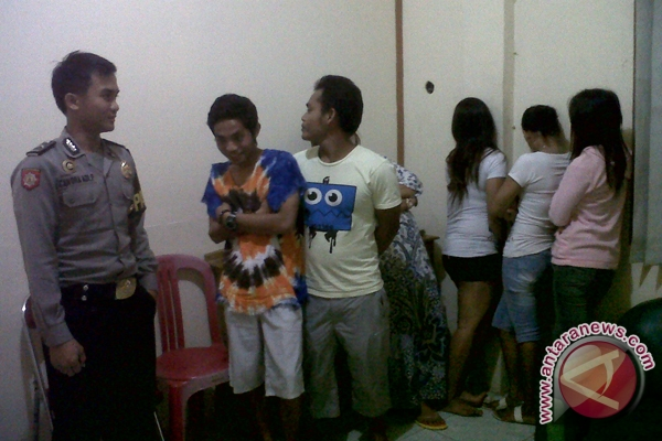 Tujuh Pasangan Diduga Mesum - ANTARA News Kalimantan Selatan