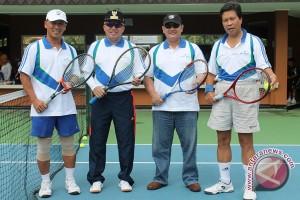 Tenis Wali Kota Cup