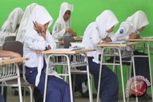 3.076 Pelajar SMP UN