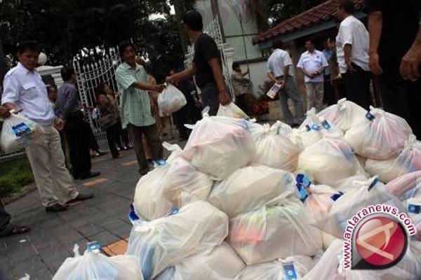Yayasan Arta Graha Siapkan 500 Paket Sembako