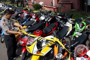 Polres Banjarbaru Tangkap Lima Penadah Motor Curian