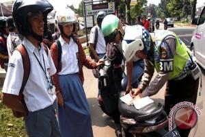 Polisi Amankan Puluhan Pelajar