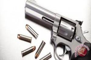 Kapolresta Banjarmasin Periksa Senjata Api Anggota
