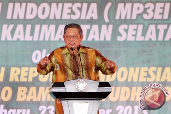 Presiden Dukung PWI, Sindir Pers
