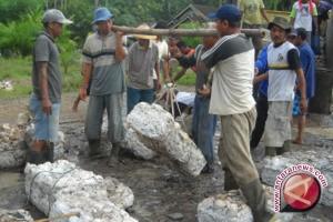 DPRD Apresiasi Percontohan Pengumpul Bokar