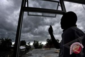 BMKG : Hujan Kalsel Kategori Menengah Hingga Juni