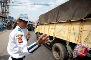 Polres Banjar Latih Siswa Patroli