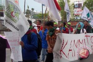 Kammi Kalsel Aksi Solidaritas Tuntut Keadilan