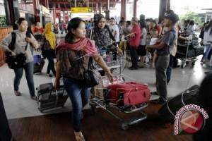 Penumpang Bandara Syamsudin Noor Naik Jelang Natal