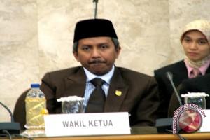 DPRD Harapkan Pengembangan Bandara Sjamsudin Noor Lancar