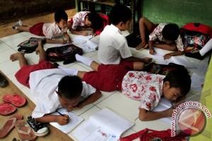 Ministry to help rebuild burnt school in Banjarbaru