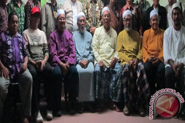 Banjar tribes of Malaysian and South Kalimantan tighten silaturahim