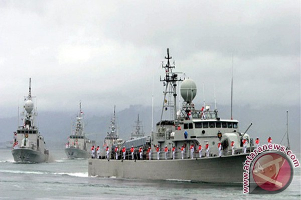 Angkatan Laut  Ajak Anak Muda Kotabaru Bergabung