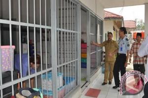 Petugas Kemenkum Ham Geledah LPKA Martapura