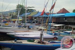 Dinas Kelautan Dan Perikanan Bagikan Kartu Nelayan