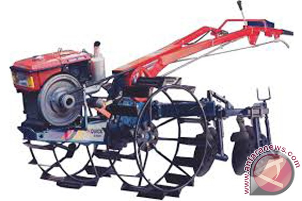200 Hand Tractors for Farmers Group in HST