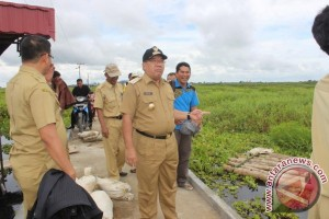 Lima Desa Terisolir Terhubung Jalan Titian Beton