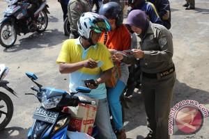 Razia Polisi Amankan Puluhan Orang Tanpa KTP
