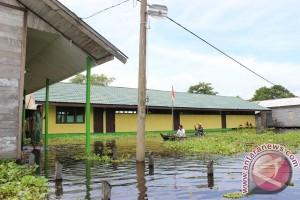 Dua Desa HSU Terkurung Banjir