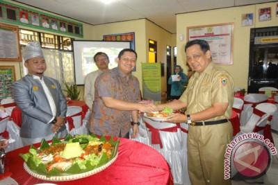 Pelambuan Ikut Lomba Tingkat Provinsi