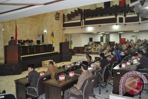 Tingkat Kehadiran Anggota DPRD Kalsel Menurun Lagi