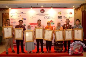 Advertorial - PT Adaro Raih Delapan Penghargaan CSR