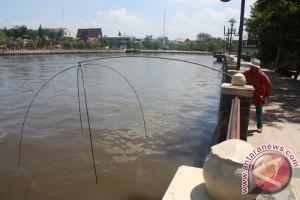 Permukaan Air Sungai Martapura Banjarmasin Terjadi Peninggian