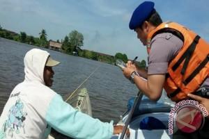 Satpolair Berikan Penyuluhan Keselamatan Perairan Terhadap Nelayan