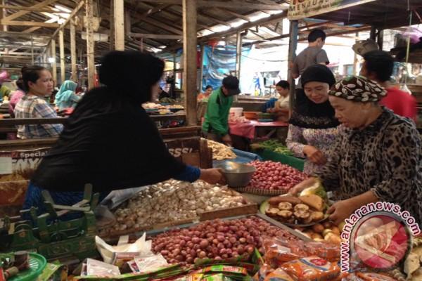 Menjelang Ramadhan, Harga Sembako di HST Stabil
