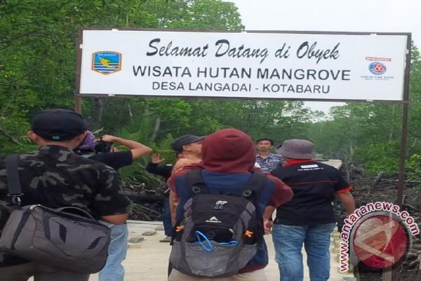 Disbudpar Kotabaru Protes Tak Masuk Destenasi Wisata