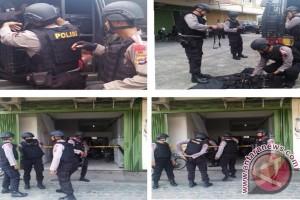 Kapolda Semangati Personel Brimob Batal Ke Poso