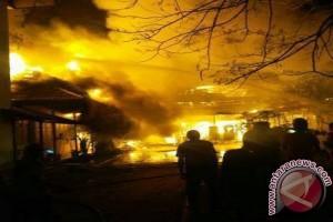 Pasar Barang Bekas Martapura Kalsel Terbakar