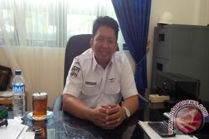 ASDP Batulicin Bagikan Takjil Penumpang Kapal