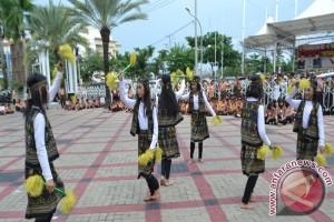 Tarian Naga Luklua Tampil Di Parade Nusantara