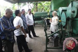 33 Desa Ingin Kelola Bank Sampah