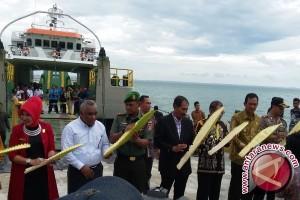 Regent to Build Kalimantan-Sulawesi Sea Toll