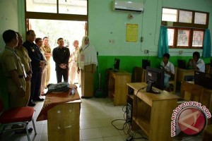 Peserta UN SLTP Tanbu 5.124 Orang