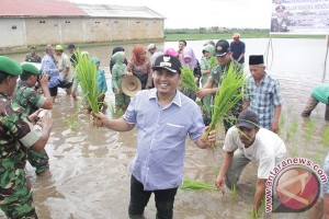Tingkatkan Daya Saing Petani Di Daerah