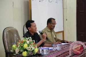 Bupati Tanggapi Usulan dan Masukan Fraksi DPRD