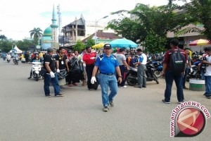 Ratusan Pekerja Tabalong Bersihkan Pasar Tanjung