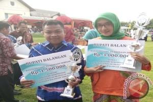 SMAN 1 Paringin Raih Dua Penghargaan Guru Berprestasi