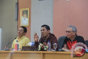 HST Supports Use of Bahasa Indonesia