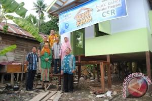 Bank Kalsel Bedah Dua Rumah