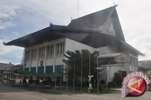 DPRD Setuju Pemusnahan Ekskantor Gubernur