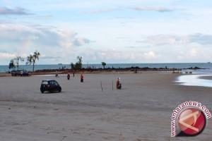 Pantai Joras Mulai Diminati Wisatawan